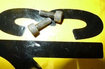 Suzuki GSX600F BREAKING. REAR BRAKE MASTER CYLINDER BOLTS ((WEB-STOCK))((A=SK))  (CON-C)